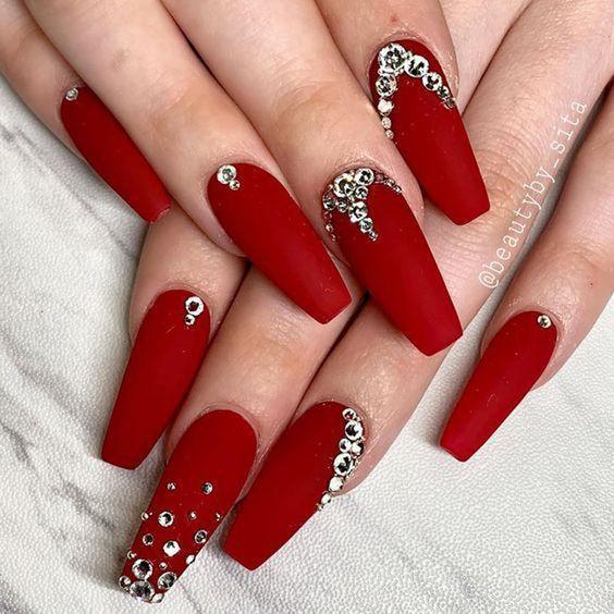 Unhas vermelhas