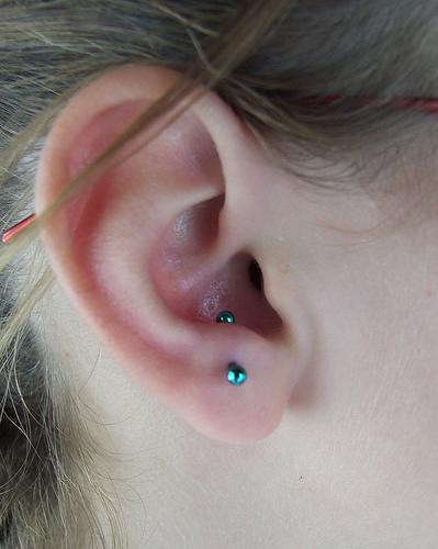 piercing na orelha anti tragus