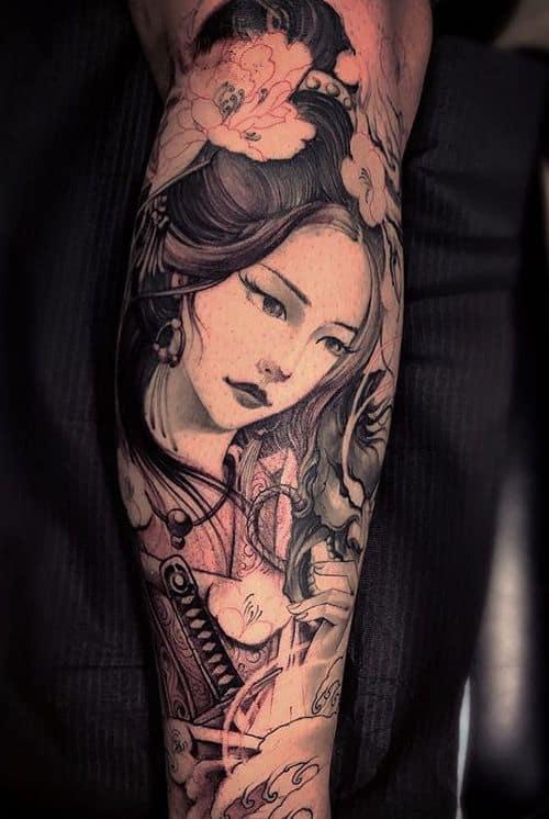 tatuagem oriental em perna